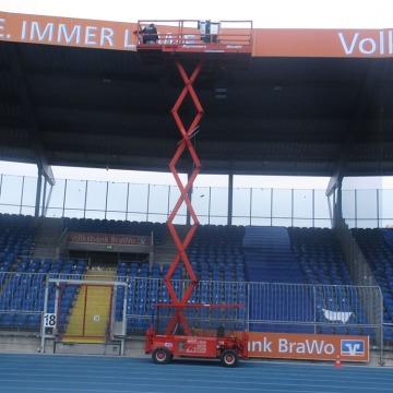 Montage Dachkranz Stadion