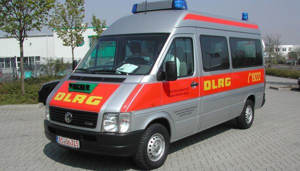 Folierung Einsatzfahrzeug DLRG