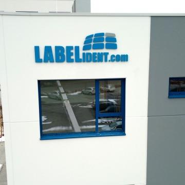 Fassadenbeschriftung-Labelident-1