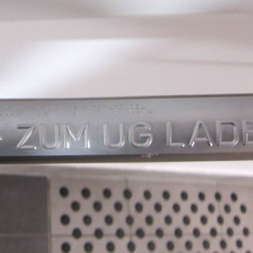 taktiler Handlauf ECE Bielefeld