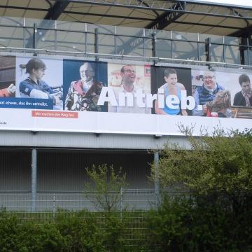 Grossbanner_VFL_WOB_Stadion-2