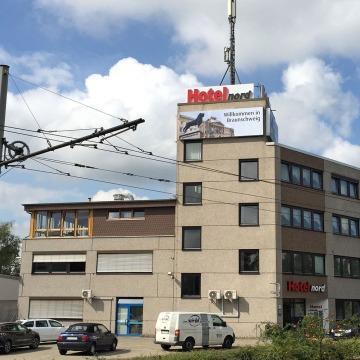 Lichtwerbung-Hotel-Nord-1
