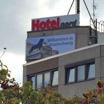 Lichtwerbung-Hotel-Nord-3