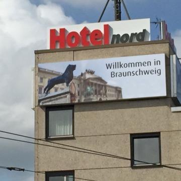 Lichtwerbung-Hotel-Nord-4
