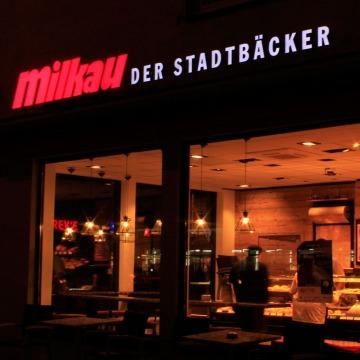 Lichtwerbung-Milkau-5