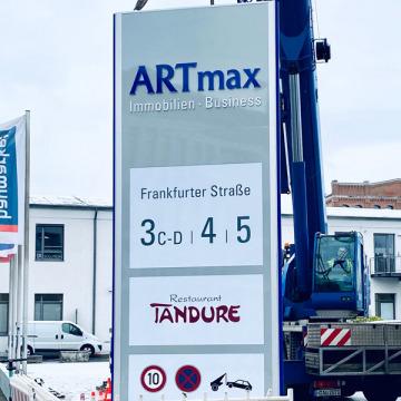 pylon-montage-artmax-2