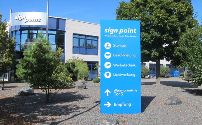 neuer Pylon vor sign point