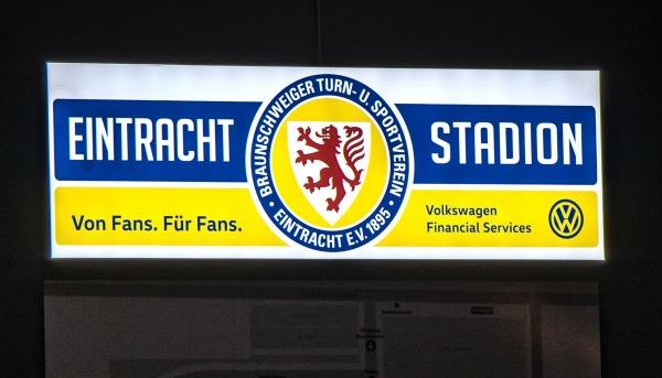 Spanntuchanlage Eintracht Braunschweig